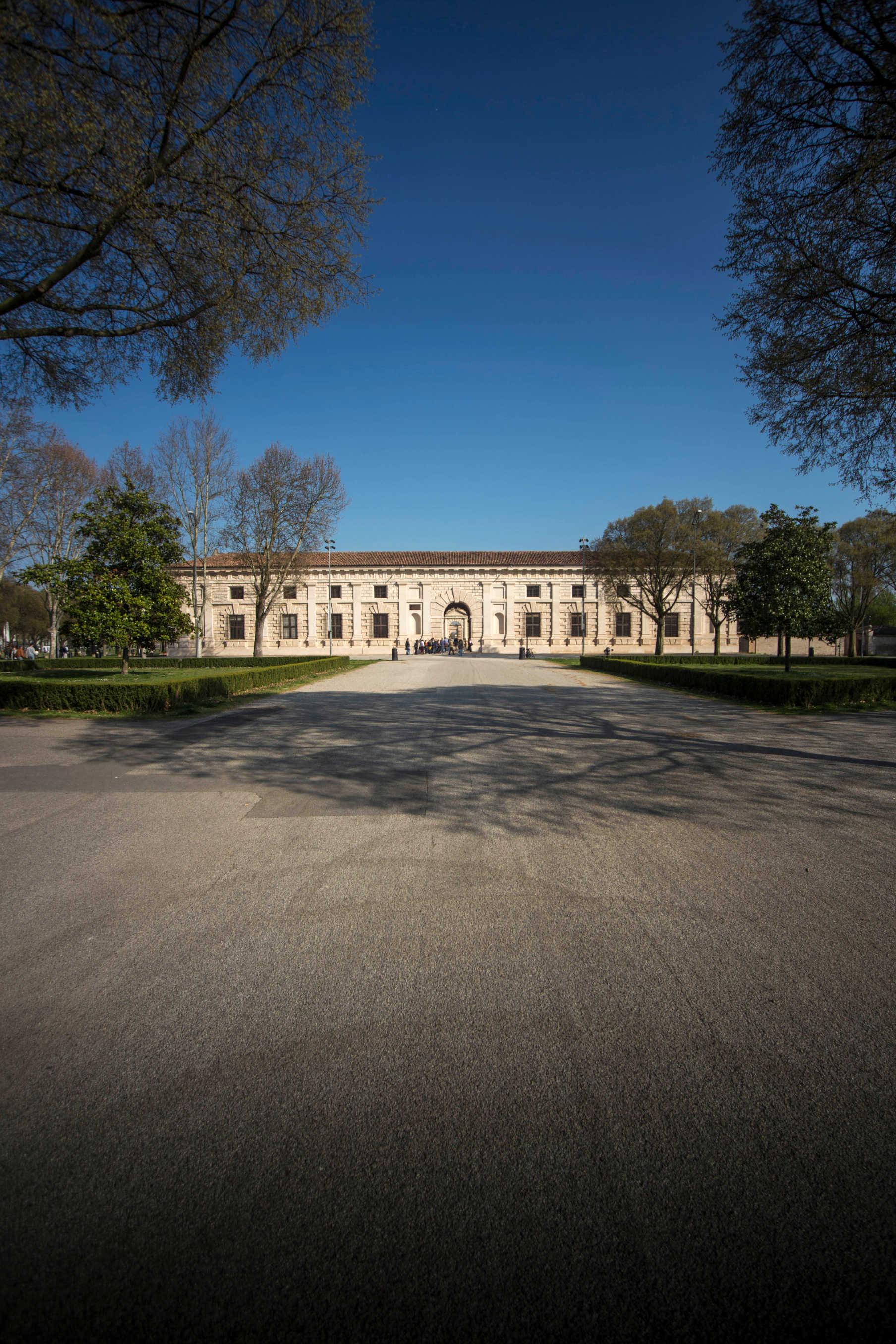 Facciata ovest Palazzo Te Mantova
