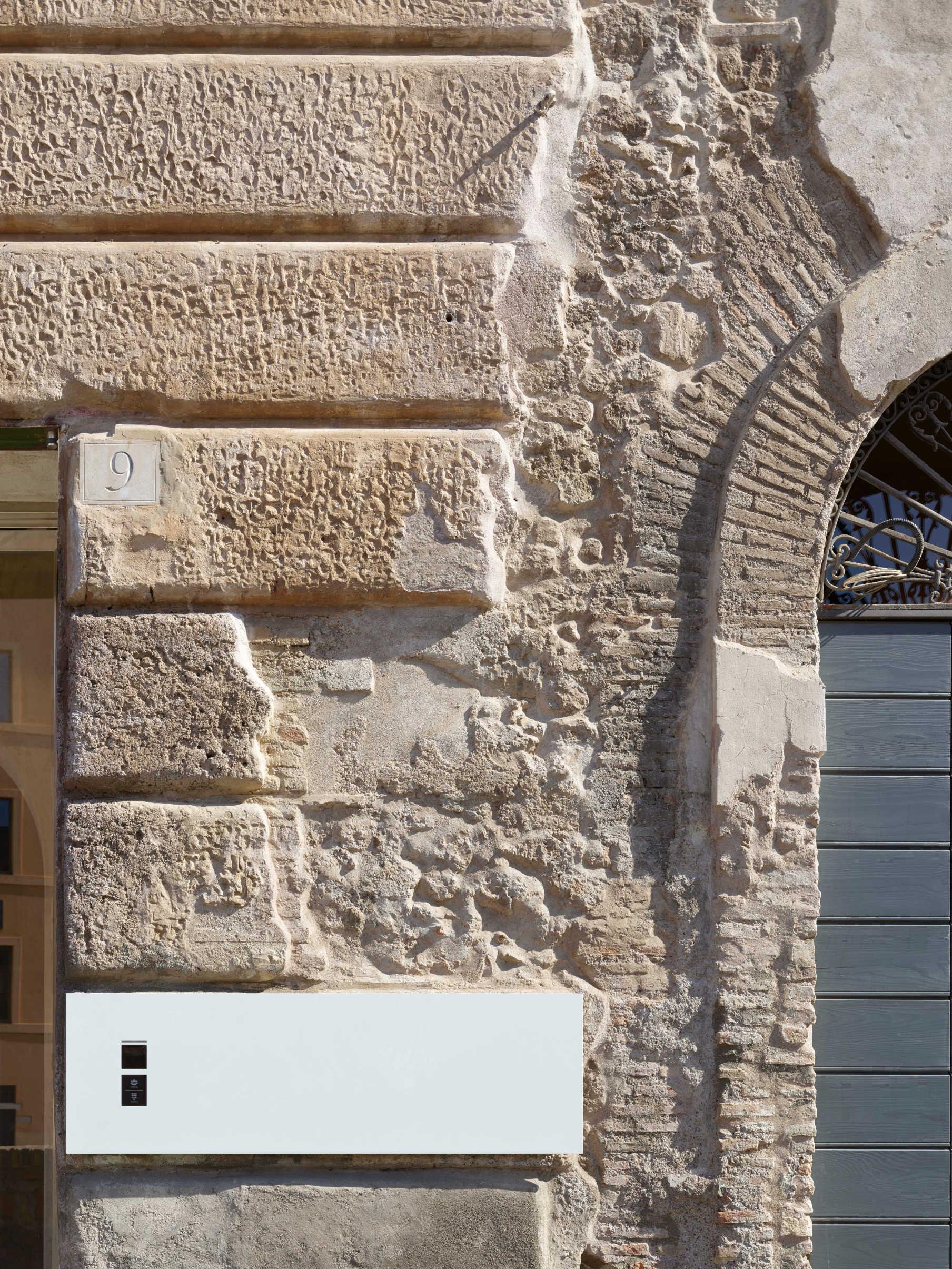 Dettaglio edificio via del Velabro