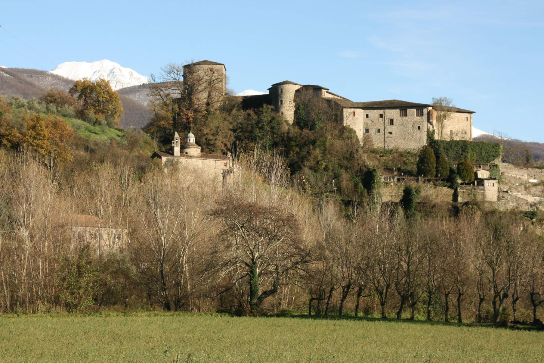 Veduta del Castello del Piagnaro