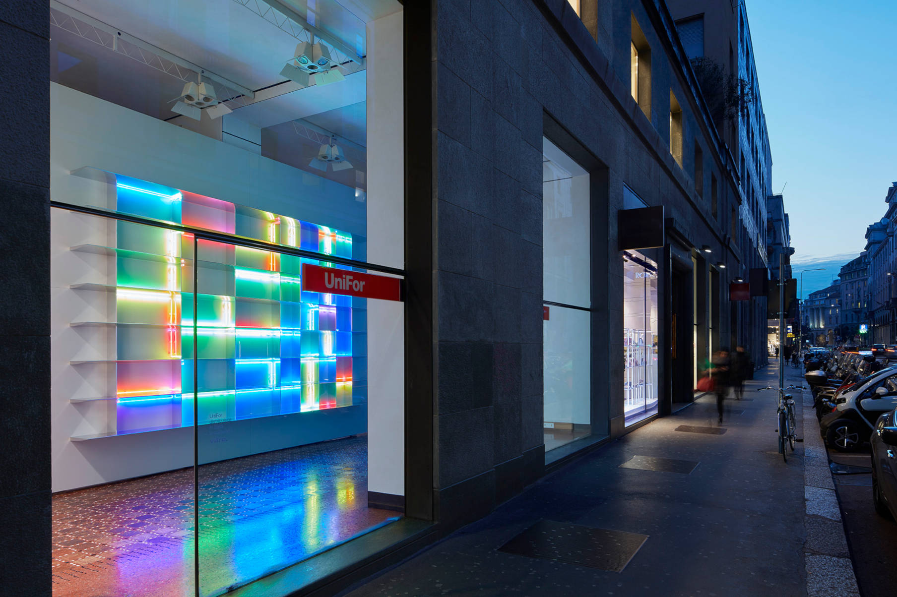 Showroom UniFor a Milano