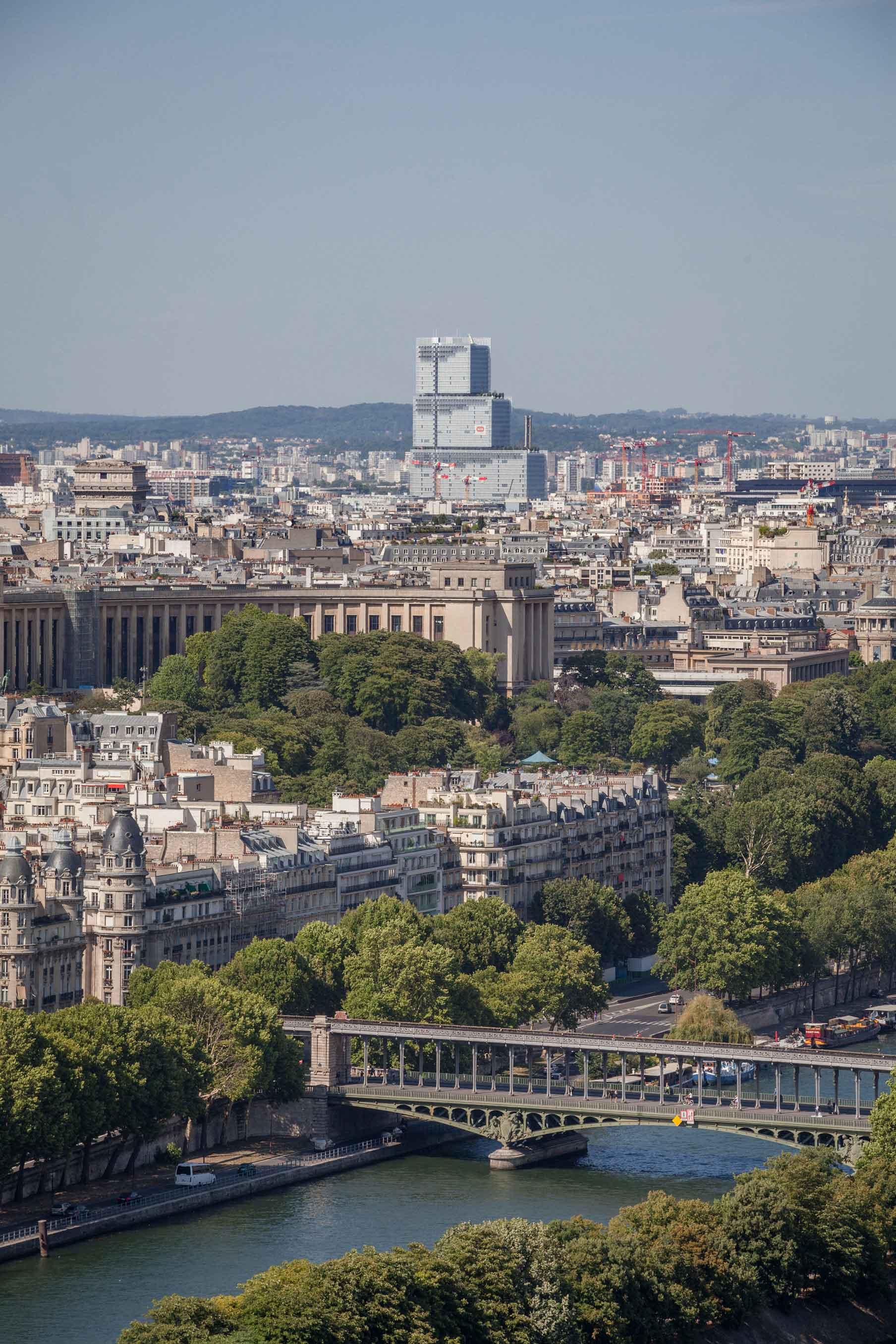 Tribunale Parigi Tour Eiffel Renzo Piano