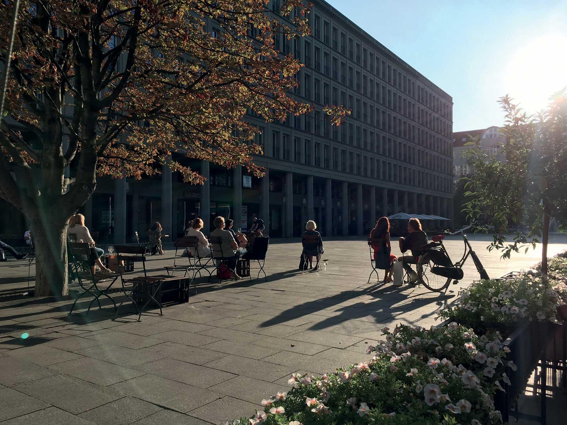 Walter-Benjamin-Platz Berlino Kollhoff