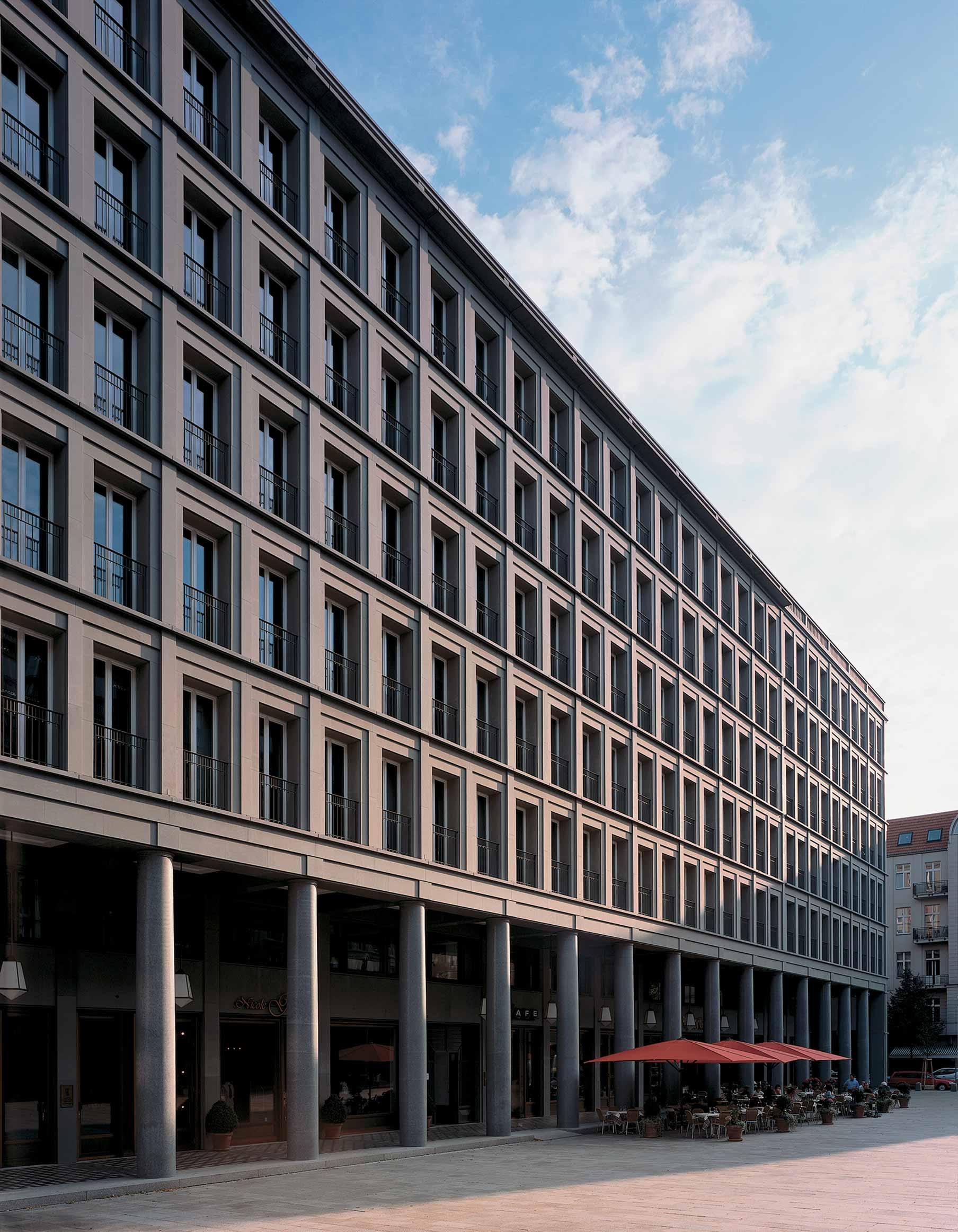 Edificio Walter-Benjamin-Platz Kollhoff