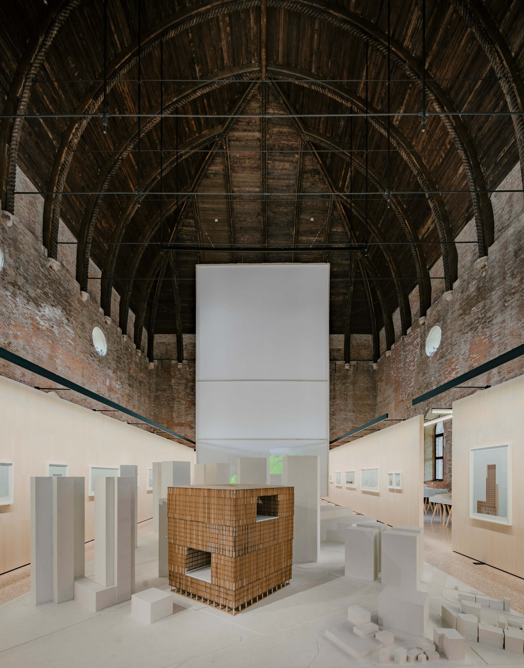 Interno mostra Chipperfield a Vicenza