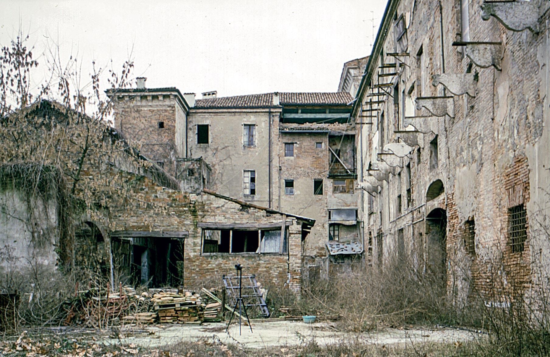 area sud est palazzo ducale Guastalla